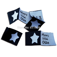 Free shipping custom clothing loop fold center tags/woven labels/garment T-shirt embroidered tags/brand name/logo printing