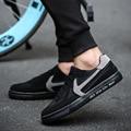 Times New Roman Marca Moda hombres Zapatos Causales Planos de La Manera Zapatos de Los Hombres Planos de los hombres Luz Transpirable zapatos Suaves Planos de Los Hombres