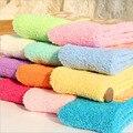 Invierno de Las Mujeres Calcetines Del Color Del Caramelo Sólido Casual Color de Moda Caliente Calcetines de Terry Calcetines de lana de Coral Calcetines Altos Rodilla