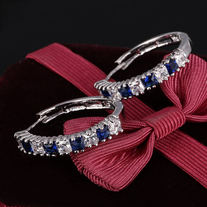 Fashion Ladies aretes Earring Round-Shape with Brilliant Austrian Cubic Zirconia Hoop Earrings for Women boucle doreille