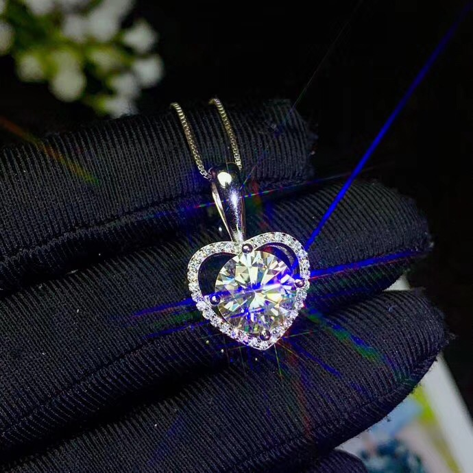 Super hot Moissanite necklace, 925 Sterling silver, carat gem, beautiful color, real moissanite