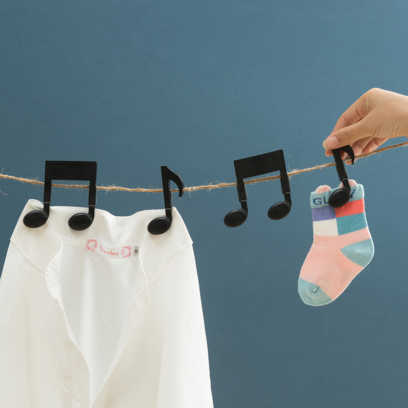 LASPERAL 2PCs Creative Musical Note Plastic Clothes Pegs Multifunction Home Portable Hangers Rack Folder Snack Pegs 5.5*7.5cm