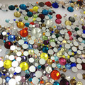 Tamaños y colores mezclados 330 unids 2028 2058 Flatback Strass Crystal no Hotfix Rhinestones del arte del clavo de la alta calidad