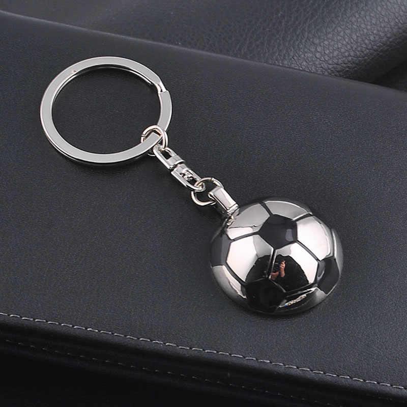RE creativo 3D fútbol deportes llavero de zapatos Metal llavero hombres baratija coche llavero mujer bolsa encantos accesorios clave A0840