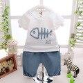 Novo 2016 de algodão verão impressão peixe t shirt + calças 2 pcs crianças roupas meninos pijamas macios meninos roupa do bebê definido para recém-nascidos terno