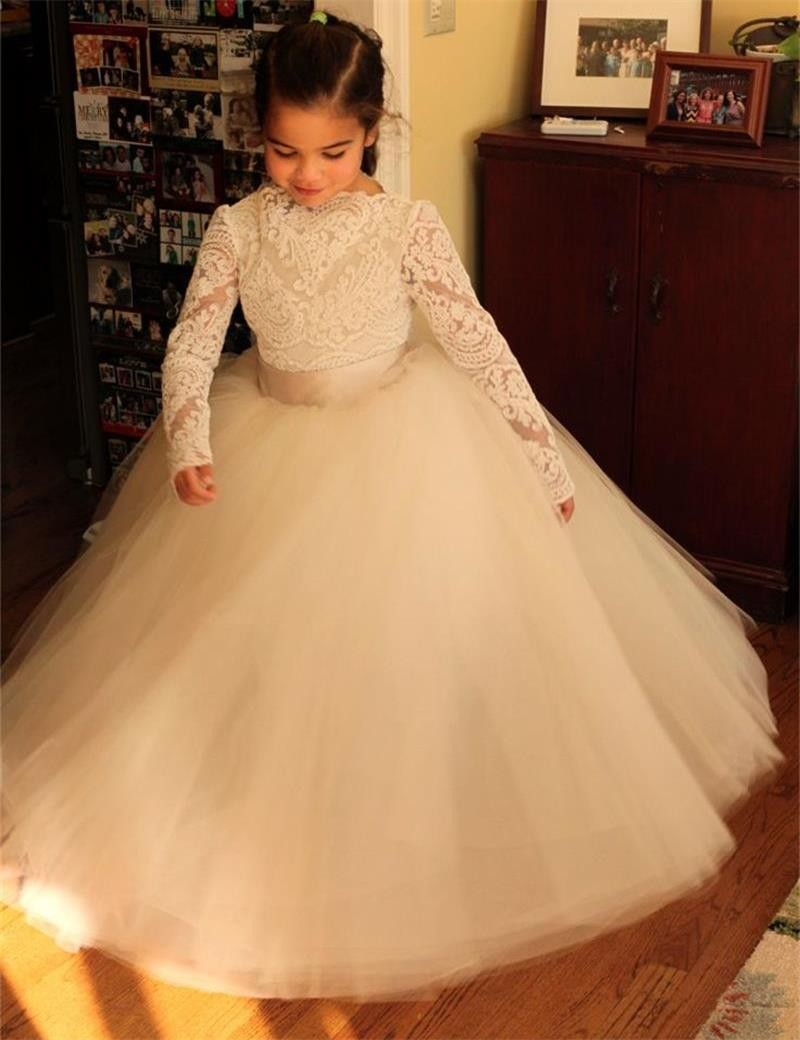 цены  2017 Popular Lace Appliques Long Sleeves Kid First Communion Dress Fluffy Tulle Flower Girl Dress with Ribbon Sash 2-12 Year Old