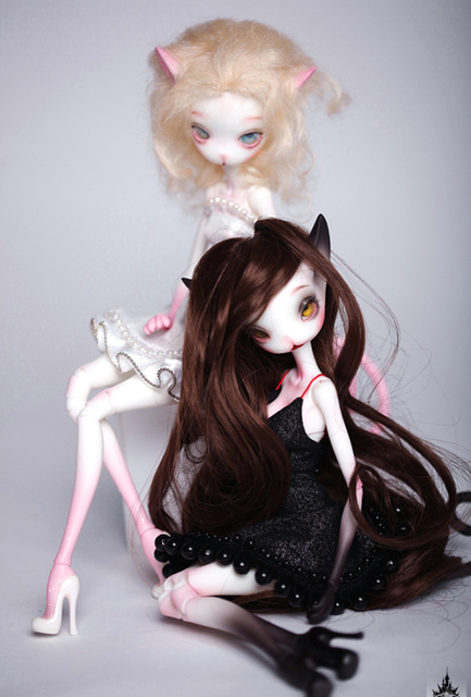 HeHeBJD Catwoman Madeline bjd sd doll size 32cm resin figures two pair of resin shoes free shipping 1