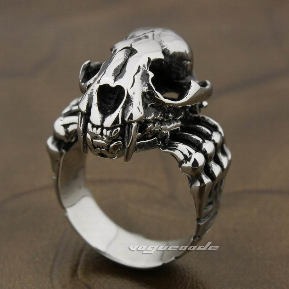 Stainless Steel Fang Ring