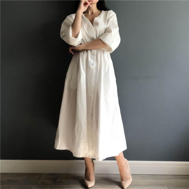 Colorfaith New 2021 Women Dresses Spring Summer Cotton and Linen Elegant Pleated Long White Dresses V Neck Lace Up Bow DR1086 2