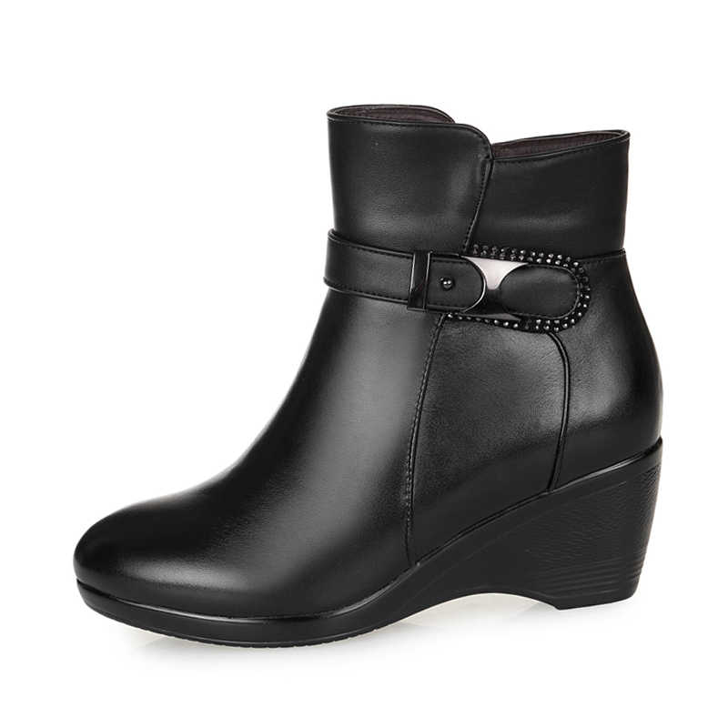 Yeni Sıcak Tutmak Kadın Kışlık Botlar yüksek kalite hakiki Deri Aşınmaya dayanıklı rahat ayakkabılar Takozlar Moda bayan Botları