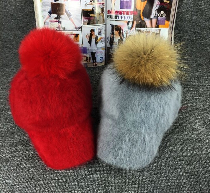 New-Raccoon-fur-Fox-fur-pompom-Rabbit-hair-blended-women-winter-hat-Baseball-caps-Girls-warm (2)