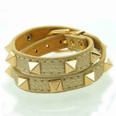 The new trend of punk wind rivets double circle lychee pattern fashion female bracelet