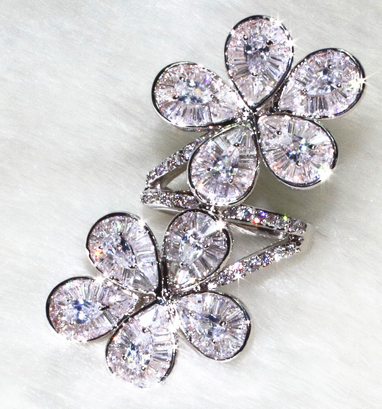 White Gold Color Inlaid Exquisite Ring T Shaped Cubic Zirconia Crystal Flower Cocktail Rings for Women Party