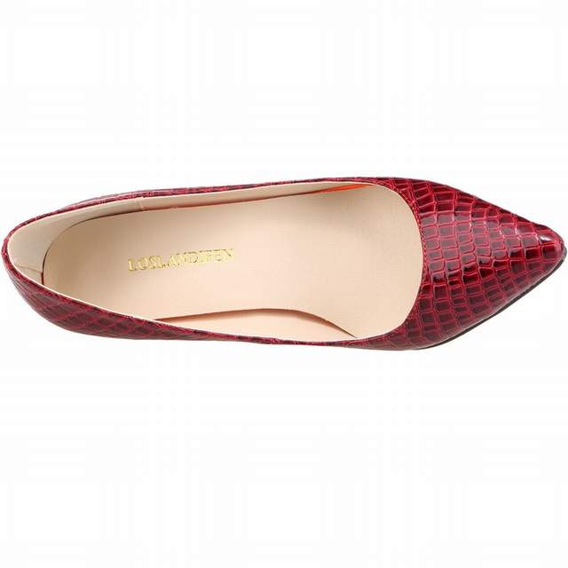 23cf731ce3 US $22.62 40% OFF|LOSLANDIFEN Women Pump Crocodile Skin Pattern Wedding  Ladies Party High Heels Shoes Pointed Toe Women Shoes zapatos Femininos-in  ...