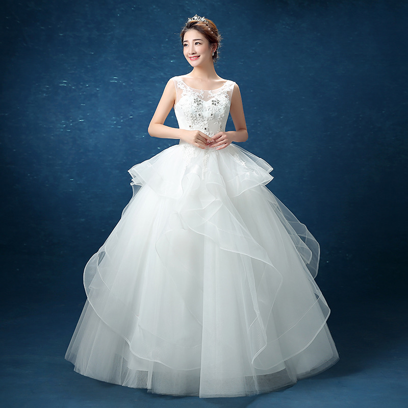Sell Wedding Dress: Aliexpress Hot Selling New Bride Wedding Dresses. Slim
