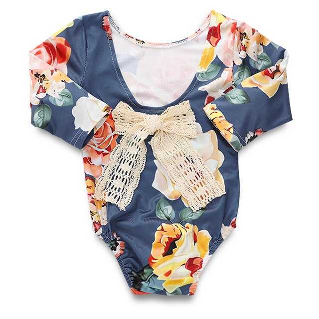 8f1a9eeb665b9 2019 Fashion Floral Baby Girl Long Sleeve Onesie Kawaii White Lace Bowknot  Baby Girl Bodysuit Backless Toddler Bodysuit
