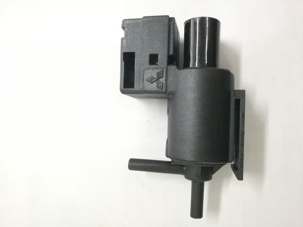 NEW KL01-18-741 EGR Vacuum Solenoid Switch Valve VSV For Mazda 626 Millenia Aspire MPV K5T49090,KL0118741 K5T49091NEW KL01-18-741 EGR Vacuum Solenoid Switch Valve VSV For Mazda 626 Millenia Aspire MPV K5T49090,KL0118741 K5T49091