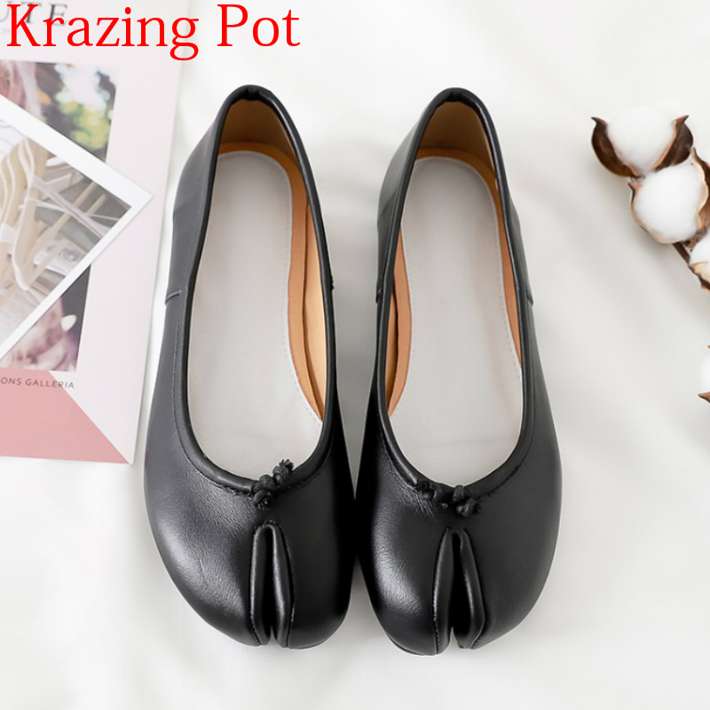 2018 Superstar Ballet Flats Strange Style Genuine Leather Dance Shoes Casual Shoes Butterfly-knot Shallow Solid Runway Shoes L09 цена 2017