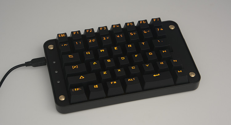 Left Hand Game drawing Full key programmable macro antighosting yellow backlit cherry mx switches gaming mechanical