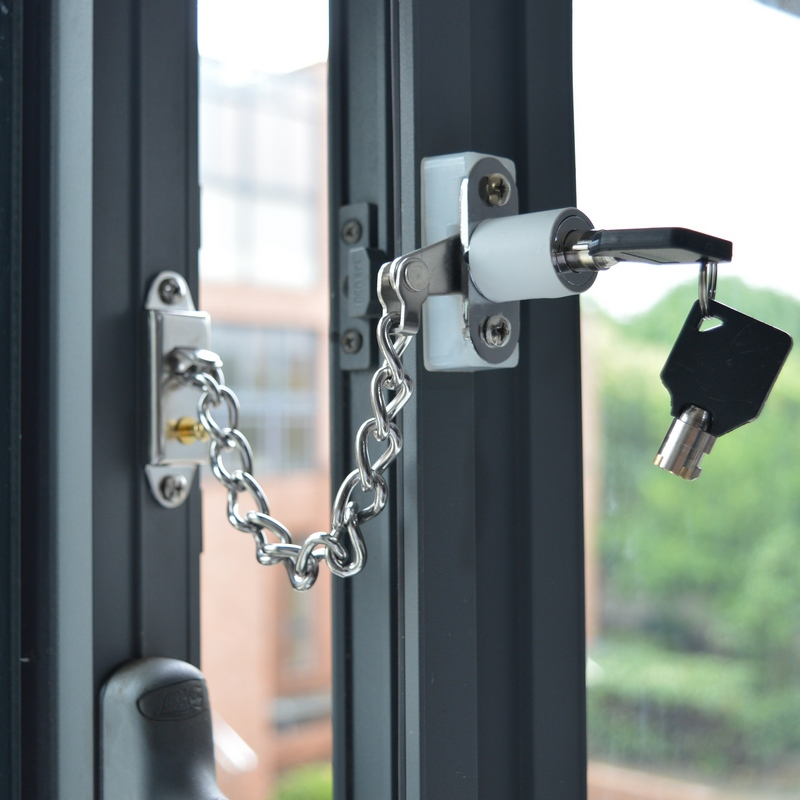 Detachable Security Chain For Window Hotel Door Child Kid Safety