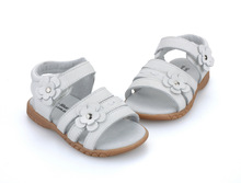 baby shoes soft leather solid white  velcro strap open toe girls sandals with flowers wholesale retail free shipping