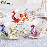 Pavão Xícara de Café Conjunto Caneca de Cerâmica Criativa Osso China 3D cor do Esmalte Da Porcelana Pires Conjuntos de Chá de Café Para O amigo presente