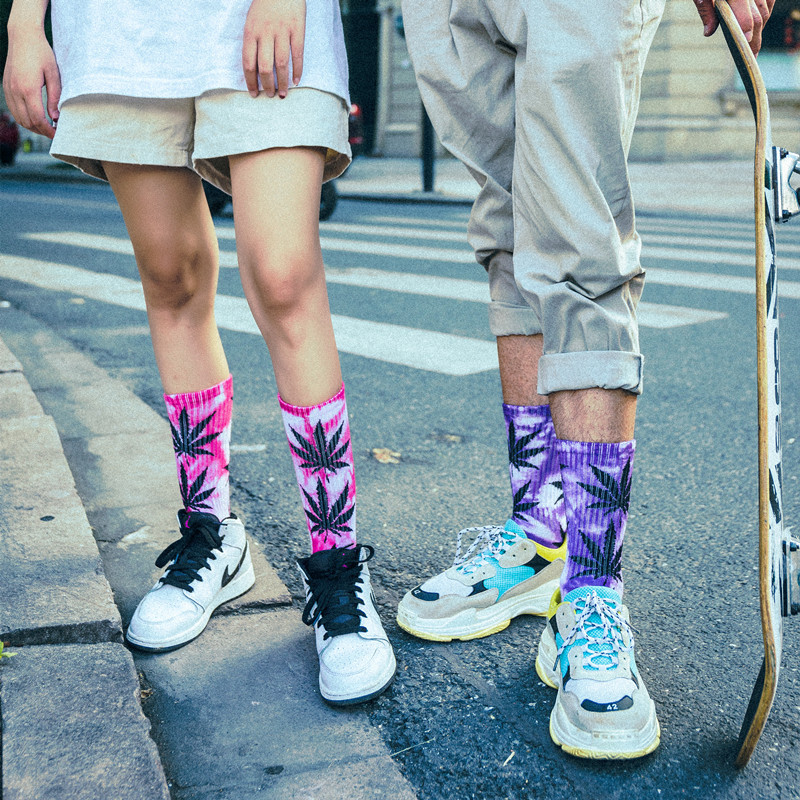 2019 1 Pairs Fashion Tie-dyed Maple Leaf   Socks   Long Cotton Weed   Socks   Men Skateboard Hiphop   Socks   Meias Women Couple   Socks