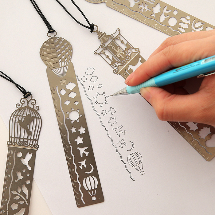 Retro Hollow Metal Ruler Multifunctional Creative Drawing Bookmarks School Line Template Patchwork Spirographs   School Supplie