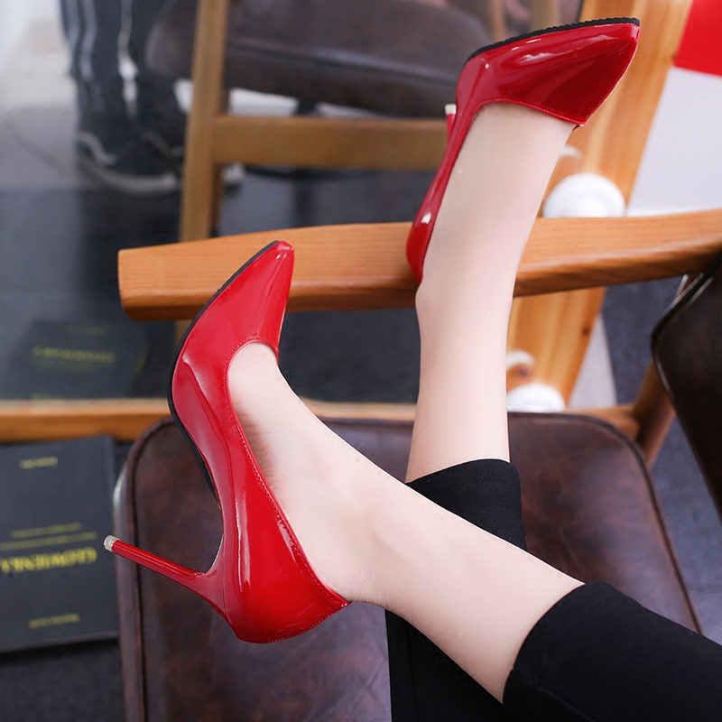 2019 Donne Scarpe A Punta Pompe di Brevetto Pattini di Vestito di Cuoio Degli Alti Talloni di Scarpe Da Barca Scarpe Da Sposa Zapatos Mujer 10 centimetri /7 cm/4 centimetri