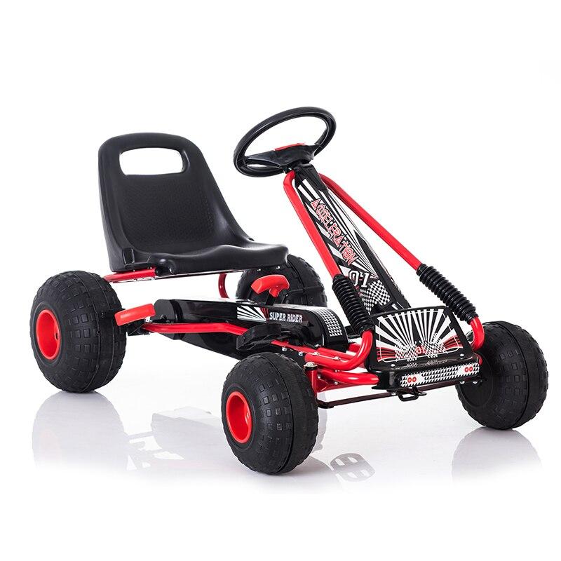 Les enfants vont Karts les enfants montent sur le jouet de voiture avec des roues stables peuvent conduire l'inverse