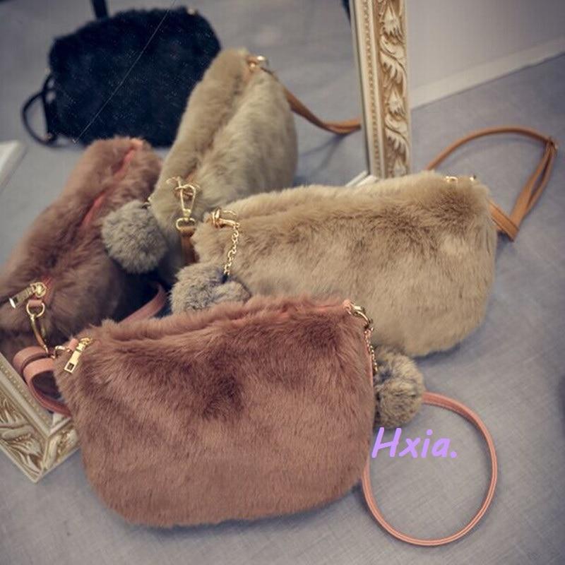 Free shipping, 2018 new shoulder bag, fashion woman messenger bag, cute plush handbags, tassel small square package.