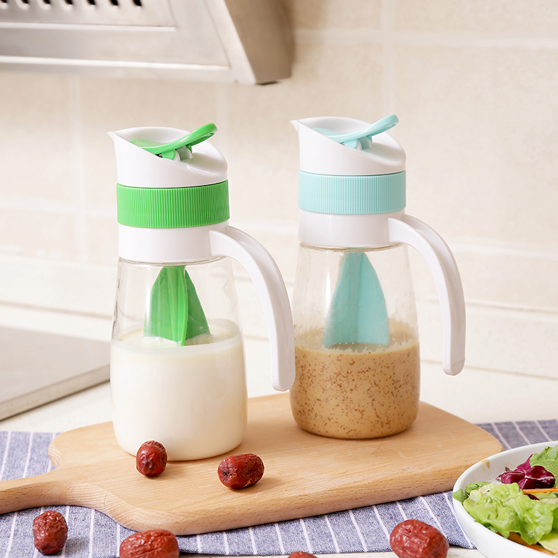 050 Kitchen mixing cup salad juice bottle with manual salad dressing gravy boats 18 5 7 5cm in Gravy Boats from Home Garden