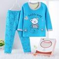 Sistema de la ropa de Invierno Los Niños de Algodón pijamas polar Pijamas impresión muchachas de los Bebés Pijamas de los cabritos t-shirt + pants ropa conjuntos de Pijama