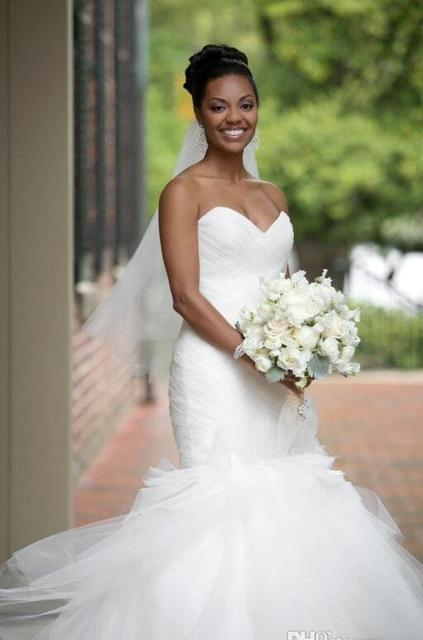2017 New Summer Backless Mermaid Wedding Dresses Sweetheart Tulle Ruffles Tiered Skirts Y African American Bridal