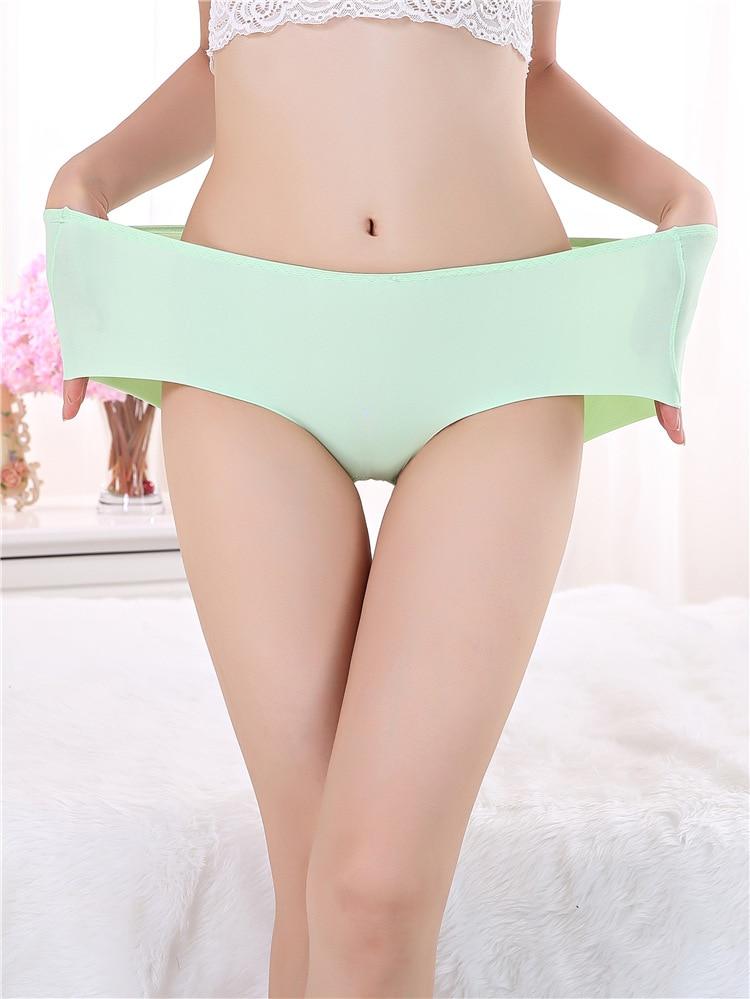 Women Waring Sexy Nylon Panties 59