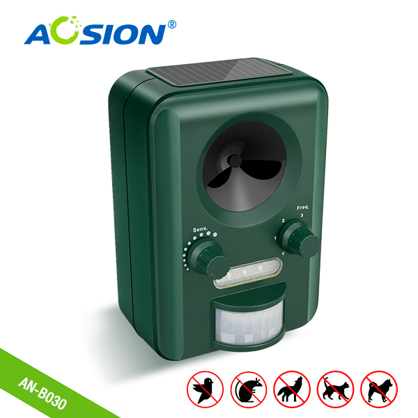 Free Shipping AOSION Garden Solar Ultrasonic Animal Repeller Bats Birds Dogs Cats Repeller Repellent Flashing Animals Control