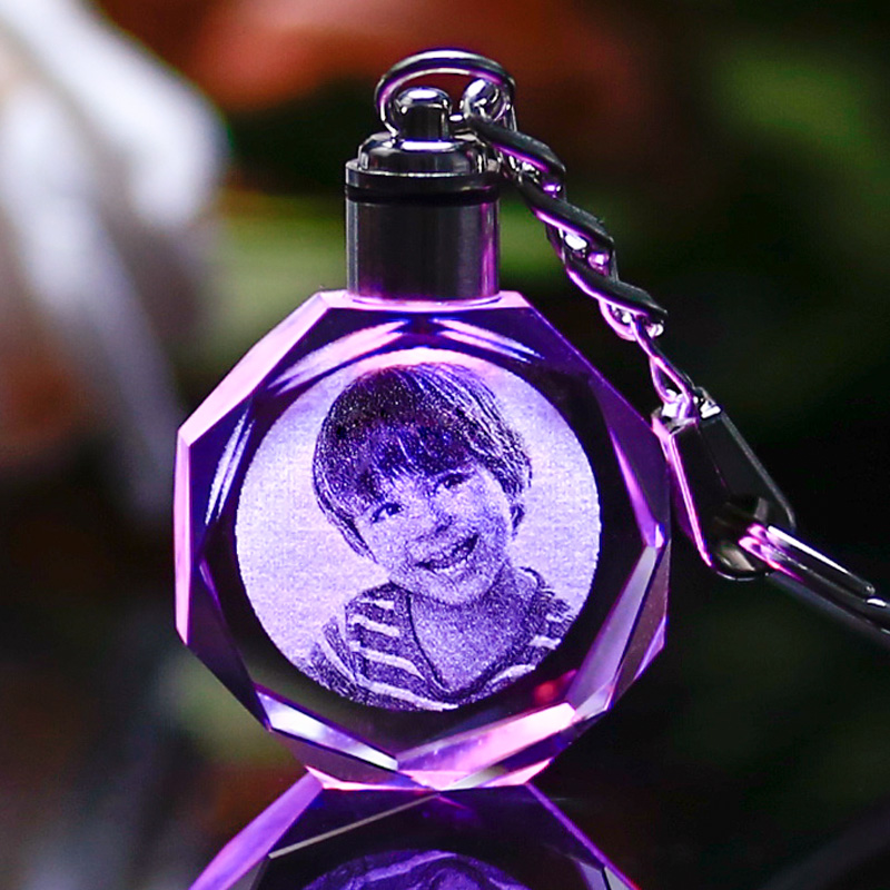 Custom Octagonal Crystal Crafts Gifts LED Lighting Crystal Keychain Laser Engraved Pictures Glass Ornaments for Home Decor