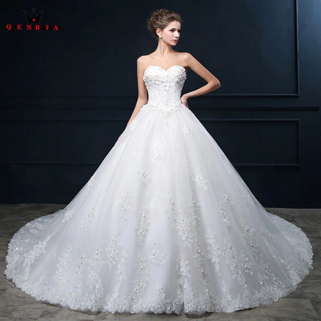 Aliexpress compre custom made wedding dresses princess custom made wedding dresses princess sweetheart crystal beaded lace fluffy luxury robe de mariee 2018 new junglespirit Images