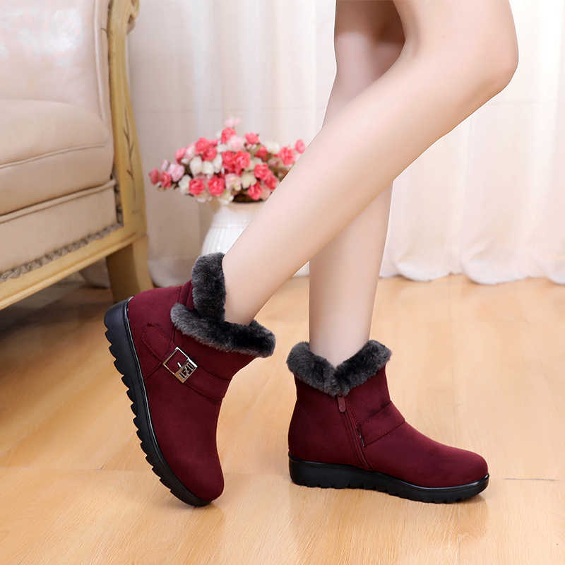 Зимние ботинки; Размеры 35-41; женские ботильоны; новые модные зимние теплые ботинки из флока на платформе; цвет красный, черный; женская обувь