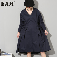 [EAM] 2017 spring new Fashion solid color long sleeve Bow dark blue loose dress women fashion tide temperament AS191218