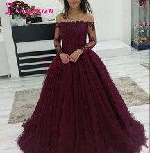 2018 שמלות לנשף בצבע בורדו ללבוש כתף סירת צוואר כבויה חרוזים Applique תחרה ארוך שרוולי טול נפוח כדור שמלת ערב שמלה