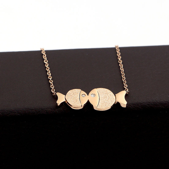 733994e099 Small and large Frosted clown Fish Rose-gold necklace, Personality  Versatile Pisces clavicle chain,Fashion Jewel,Gift for lover