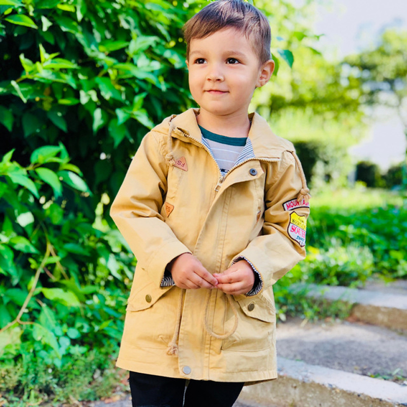 Boys windbreaker spring and Autumn   trench   3-10 Y cotton jacket classic Drawstring belt coat PU stitching armband outwear
