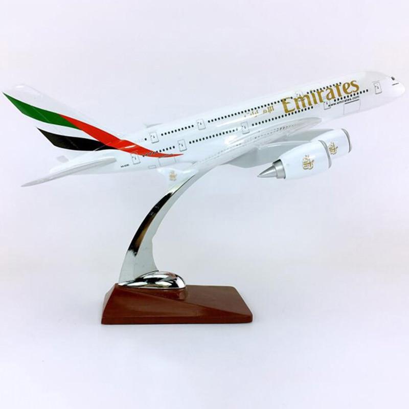 30 سنتيمتر/36 سنتيمتر 1:250 مقياس ايرباص A380 800 نموذج الإمارات العربية المتحدة طيران مع سبائك قاعدة الطائرات النادرة عرض-في سيارات لعبة ومجسمات معدنية من الألعاب والهوايات على  مجموعة 1