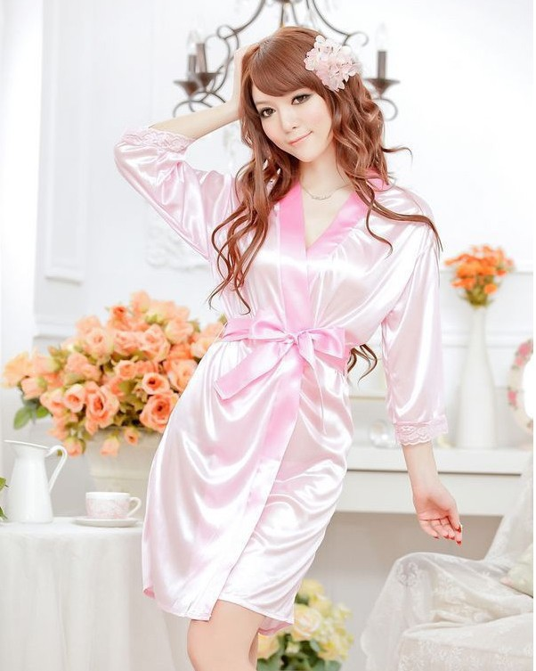 Hot Sale 40Kg-90Kg Large Size Sexy Satin Night Robe Lace Bathrobe Perfect  Wedding Bride Bridesmaid Robes Dressing Gown For …  4222-Isabella  ca917f338