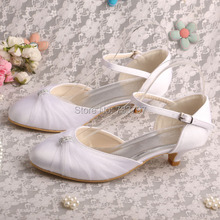Wedopusส้นต่ำผ้าซาตินสีขาวรองเท้าแต่งงานเจ้าบ่าวที่ทำด้วยมือ4เซนติเมตรส้น