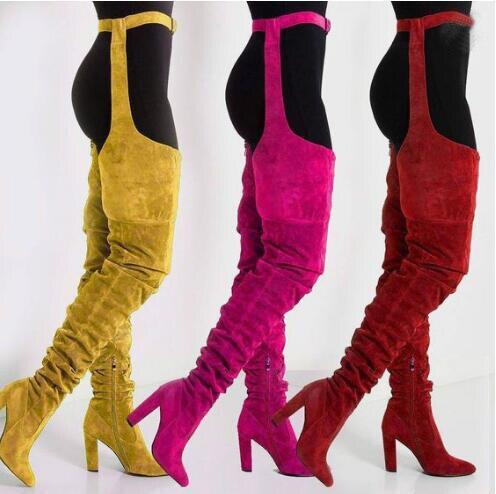 新しい固体スエード革の女性の膝のロングブーツポインテッドベルト腿高ブーツチャンキーハイヒールロングブーツ