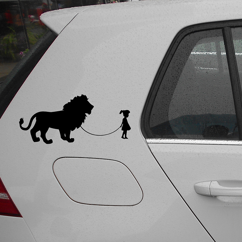 Wholesale 20 pcs/lot 18cm x 8.5cm Girl Walking A Lion Vinyl Decal Sticker Car Window Wall Bumper Laptop Kayak Funny Pet Big Cat