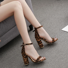 2019 Summer New Women Sandals High Heels Open Toe Ladies Shoes Sexy Leopard Flock Buckles Summer Women Shoes Luxury Rome Sandals цены онлайн