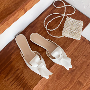 Pointed flat bow slippers women summer wear Baotou half slippers 2019 new fashion lazy sandals women's shoes